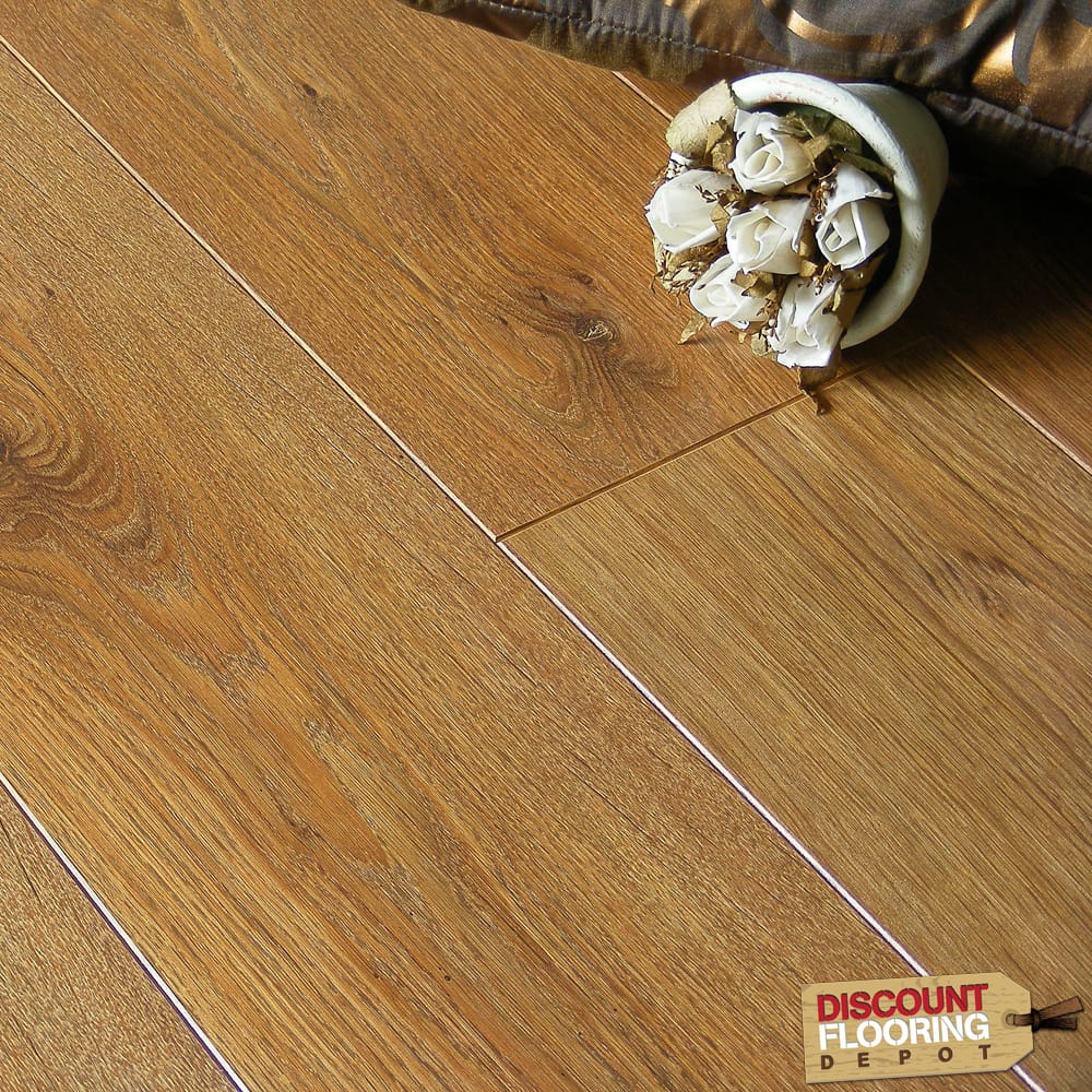 Laminate flooring buying guidediscount flooring depot blog for Balterio legacy oak laminate flooring