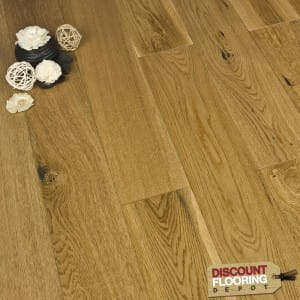 Engineered 18/4 x 120mm Oak UV Lacquered