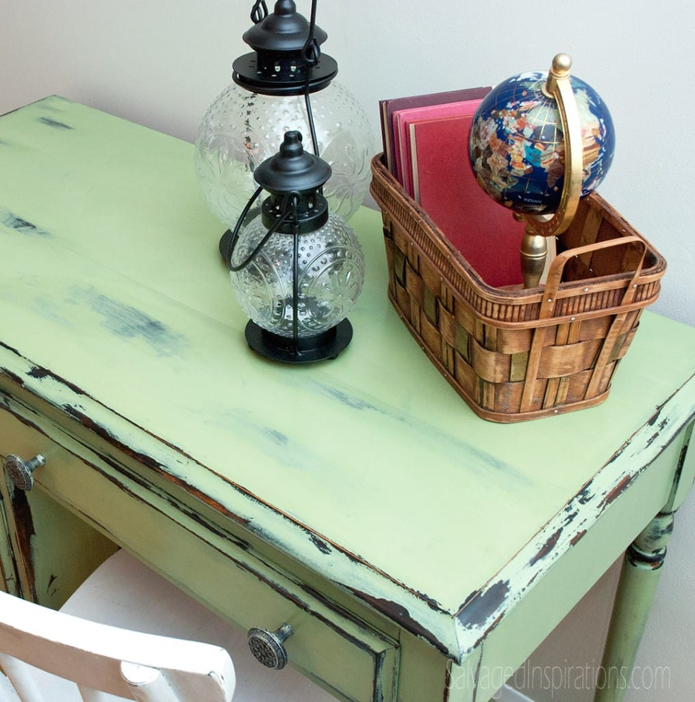 Distressed furniture DIY