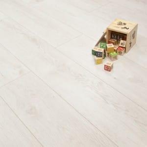 why laminate flooring white luxury oak & Why Laminate Flooring? - Here\u0027s 5 ReasonsDiscount Flooring Depot Blog