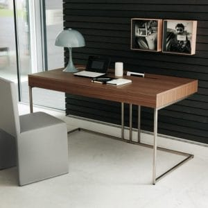 wooden-Contemporary-desk-with-modern-style-and-simply-complete-with-gray-chair