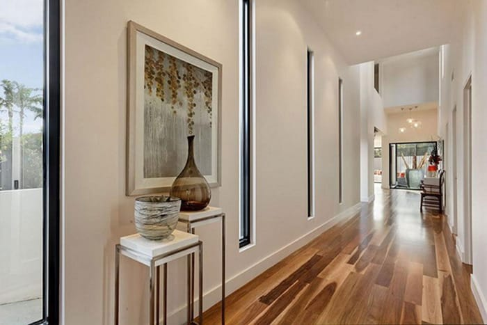 We Might All Dream Of Having A Dramatic And Glamorous Entrance Hall To Receive Guests But The Reality It Is Have Small Spaces That Try Our Hardest