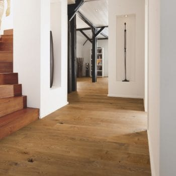 Brushed or lacquered? Which flooring type is right for you?