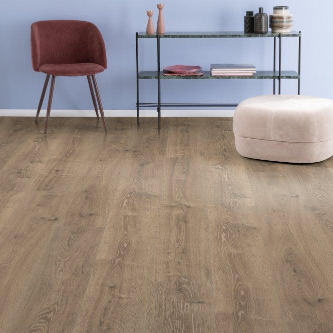 Amplified - 10mm laminate flooring - Dusty Oak