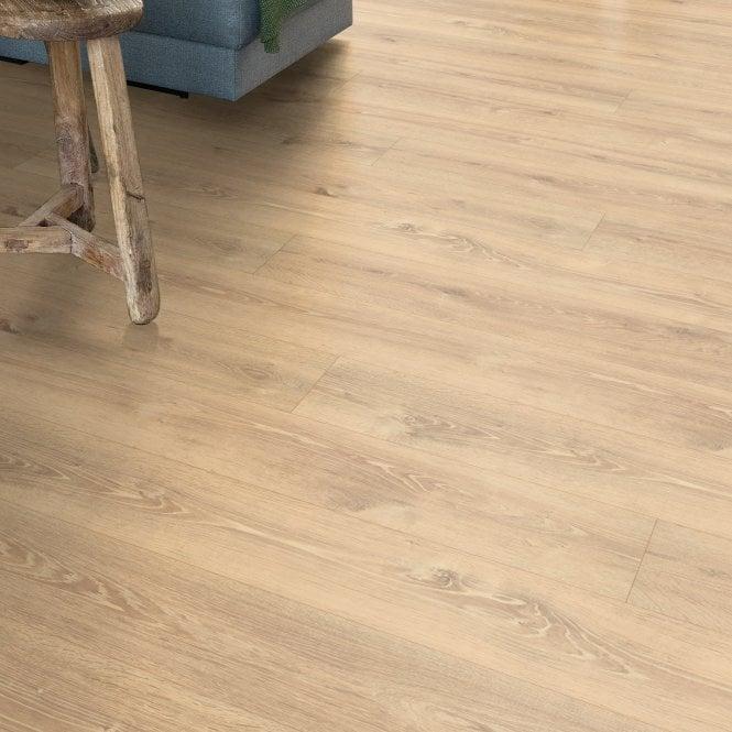 Amplified - 10mm laminate flooring - Sandstorm