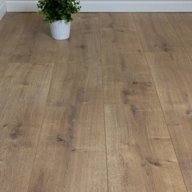 Aqua Valley - 12 mm laminate flooring - Matchstick Oak