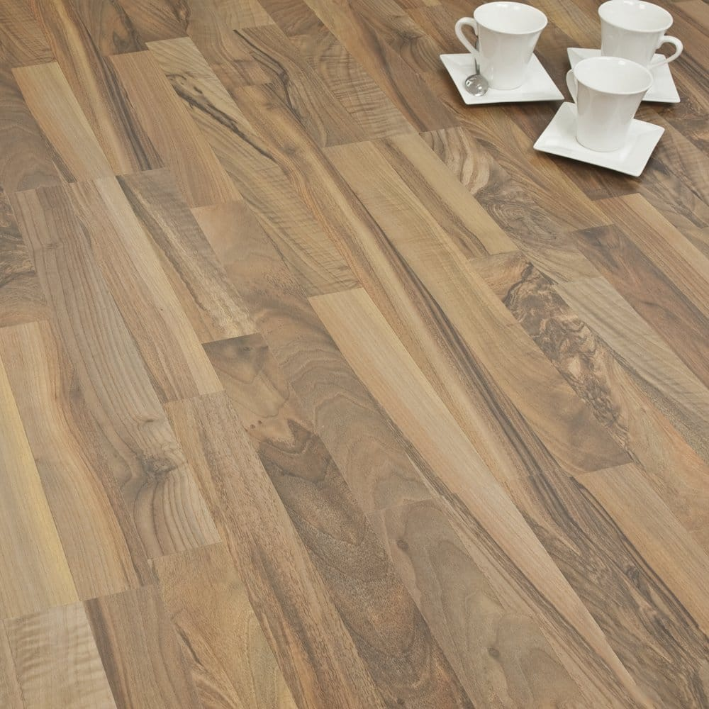 Artisan brazilian walnut 7mm flat ac3 from for Walnut laminate flooring