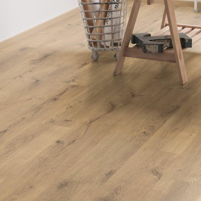 Aspect - 8mm Laminate Flooring - Tawny Oak