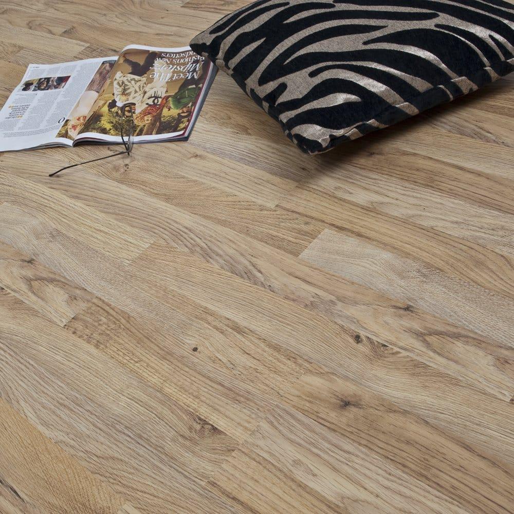 Uk Flooring Direct Harvest Oak Laminate: Balterio Balterio Axion Harvest Oak 7mm Flat AC3 2.4022m2