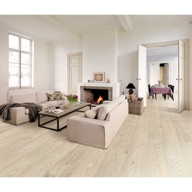 Grande Wide - 9mm Laminate Flooring - Citadel Oak