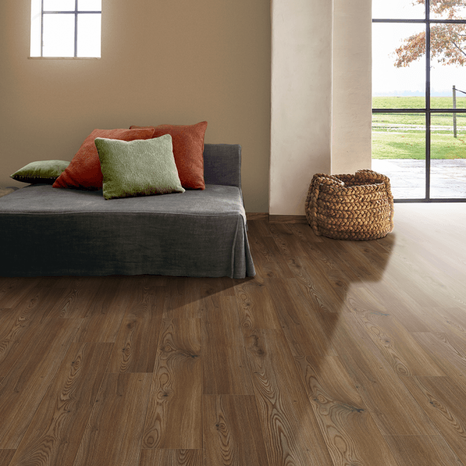 NEW Traditions - 9mm Laminate Flooring - Dune Oak