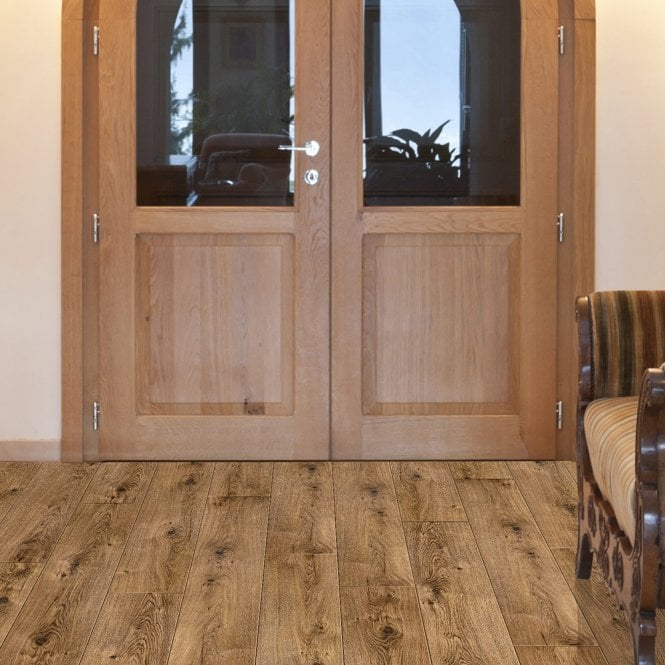 Quattro Eight - 8mm Laminate Flooring - Oak Barrique