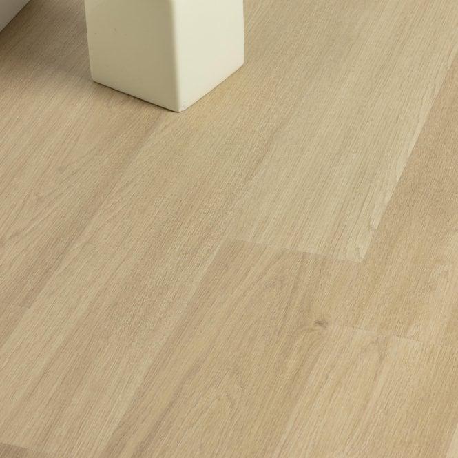 Restretto - 8mm Laminate Flooring - Essential Oak
