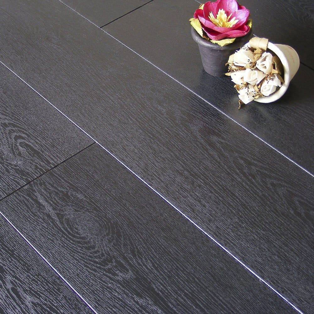 Tradition quattro carbon black 513 9mm balterio laminate for Balterio black laminate flooring