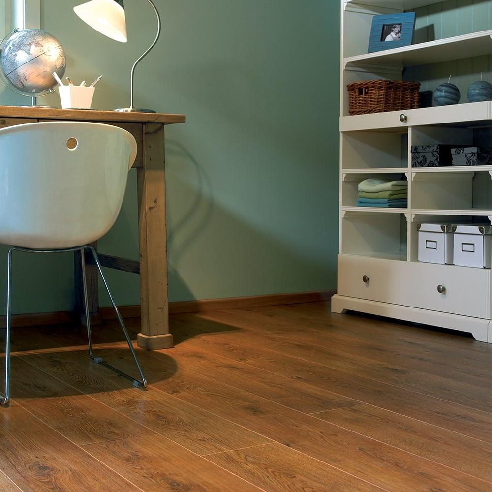 Balterio tradition quattro legacy oak 438 9mm laminate for Balterio laminate flooring liberty oak