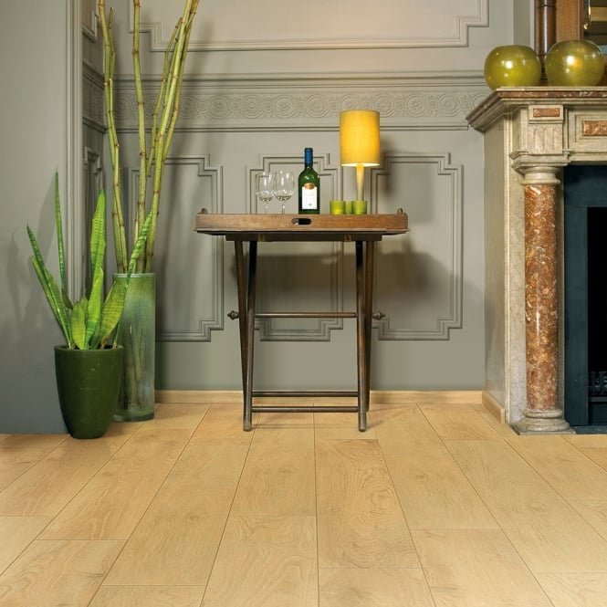Balterio Tradition Quattro Lounge Oak 433 9mm Laminate Flooring V-Groove AC4 1.9218m2