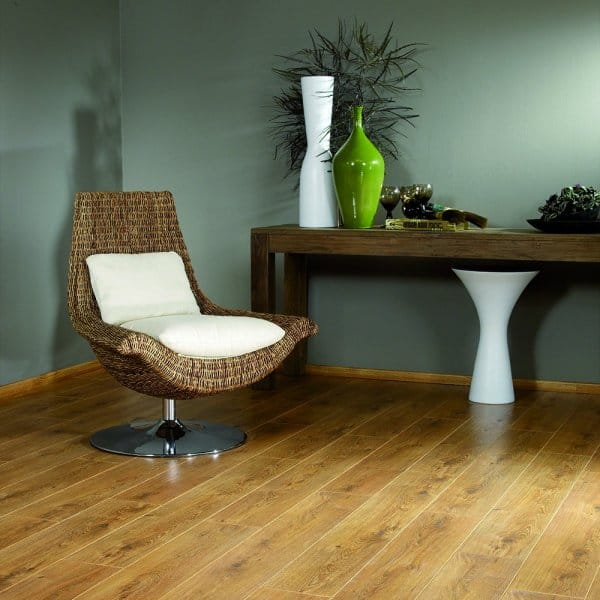 Balterio tradition sapphire legacy oak 438 9mm laminate for Balterio legacy oak laminate flooring