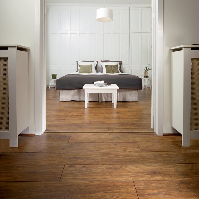 Balterio Tradition Sculpture Vintage Oak 467 9mm Laminate Flooring V-Groove AC4 1.9218m2
