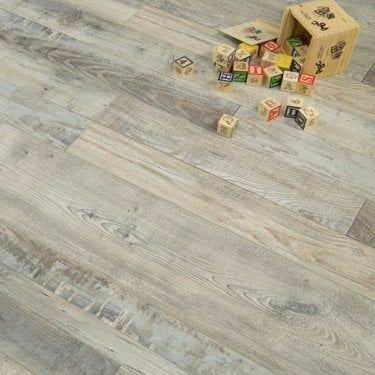 Canadian Collection Montreal Oak 8mm V-Groove AC3 1.91m2