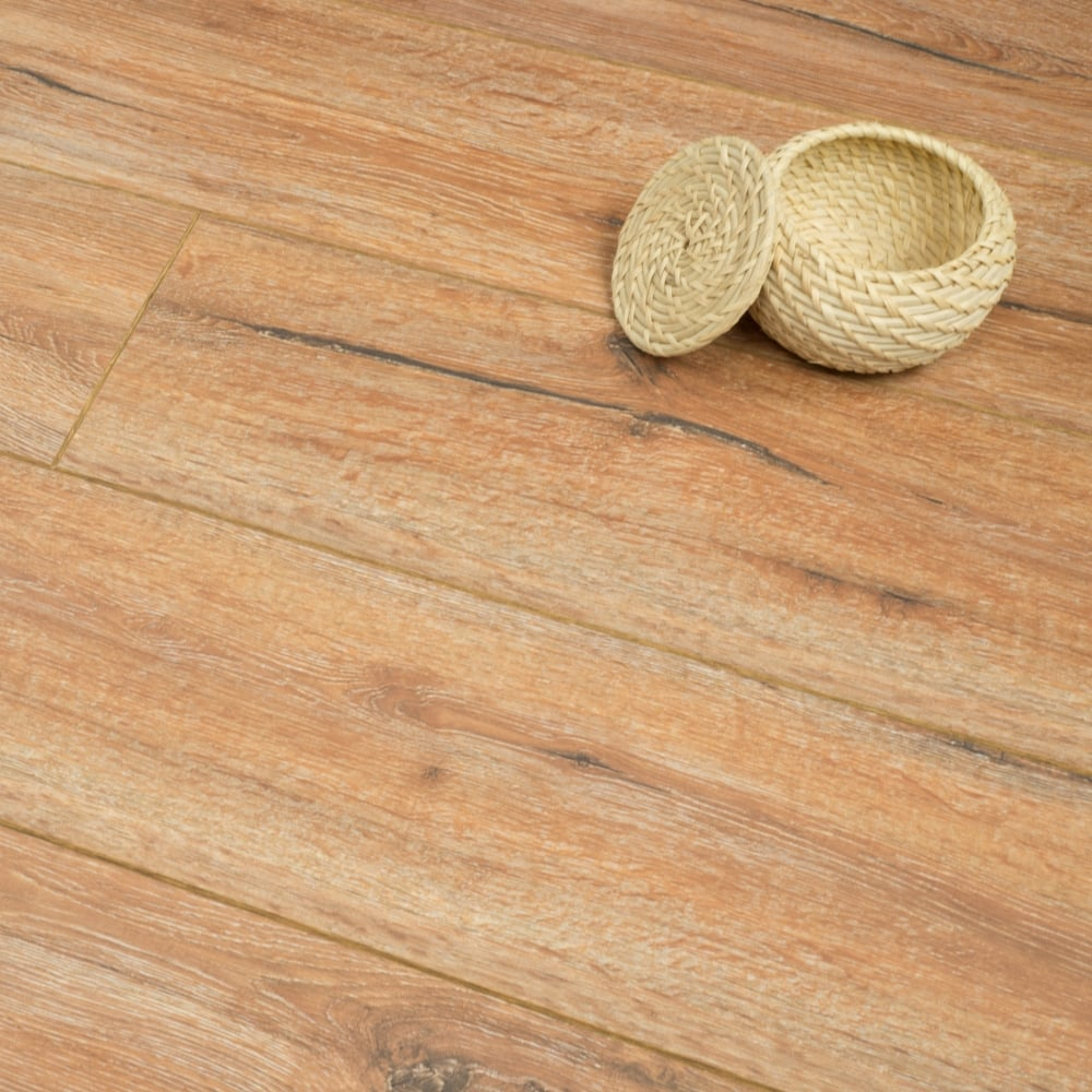 Clearance Balterio Tradition Quattro Colosseum Oak 9mm Laminate Flooring V Groove