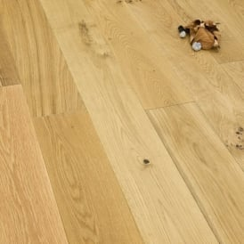 **Clearance** Medallion Series Solid Oak Flooring 22mm x 145mm Brushed & Oiled