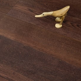 **Clearance** Permier Series Engineered Flooring 15/3 x 189mm Chestnut Brushed and UV Oiled 2.12058m2