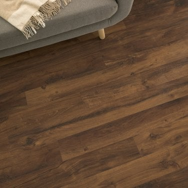 Delgado - 10mm Laminate Flooring - Pecan Oak