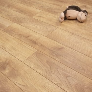 Emperor - 12mm Laminate Flooring - Shire Oak