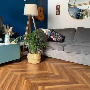 Emperor - 12mm Laminate Flooring - Walnut Herringbone Oak
