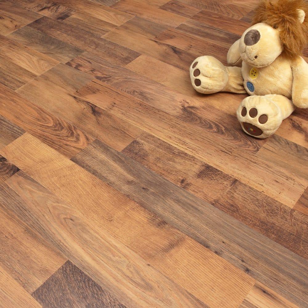 Enviro riez oak 7mm laminate flooring for Balterio axion laminate flooring