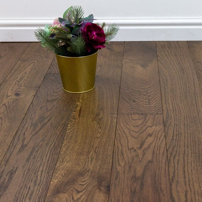 Eternity Cognac - 14mm Engineered Oak Flooring Dark Oak - Brushed and Lacquered