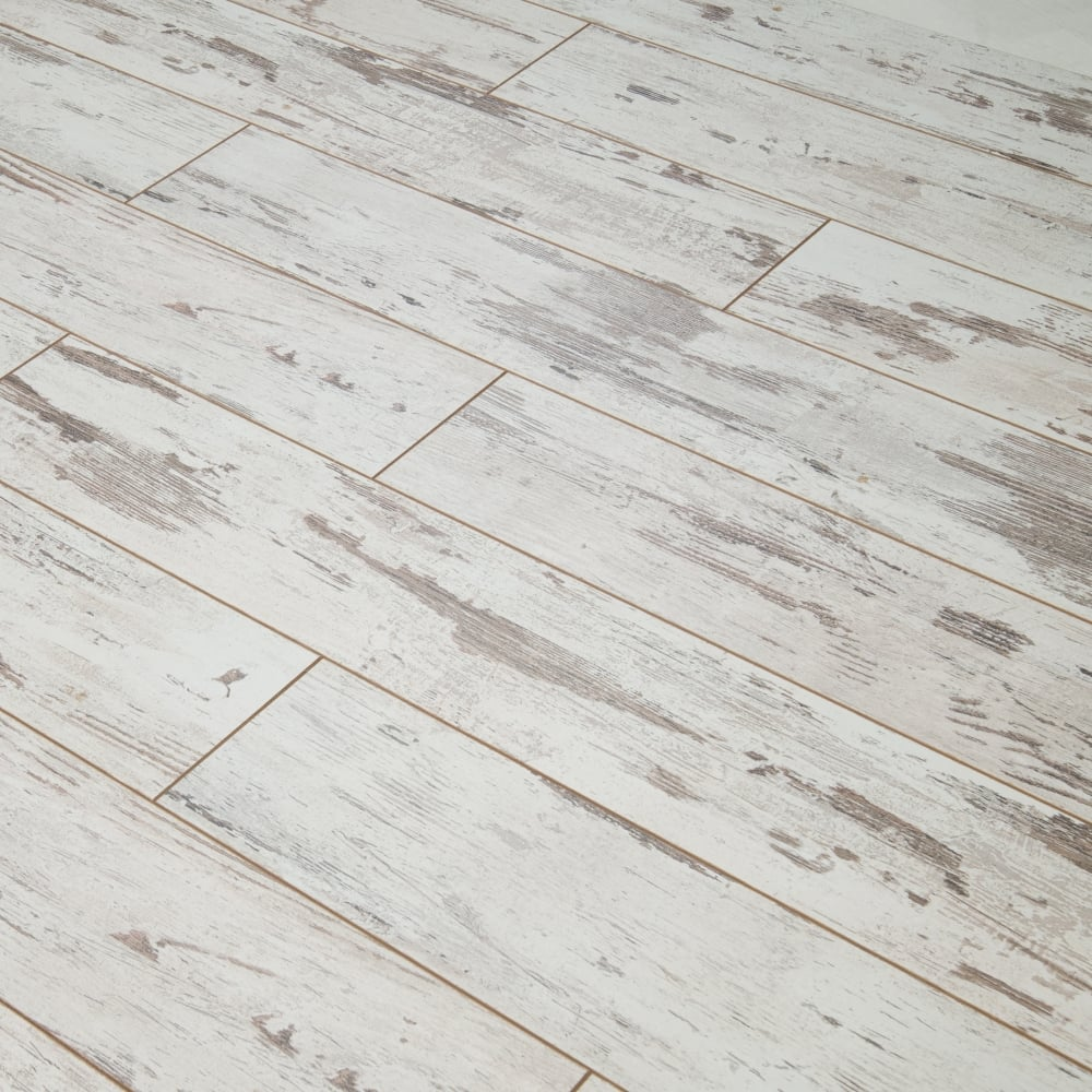 Explore 8mm Laminate Flooring Distressed White Oak 2 057m2