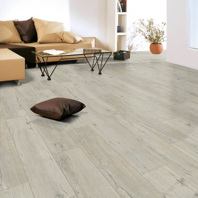 Explore - 8mm Laminate flooring - White Tiger