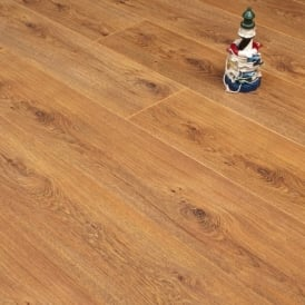 Fairmount Natural Oak 9mm Laminate Flooring V-Groove AC4 1.9218m2