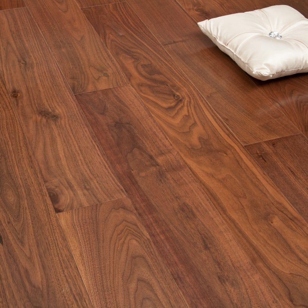 Gold Series Engineered Flooring Walnut 18 4mm X 150mm Uv