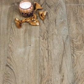 Handcrafted Cambridge Oak 9mm Laminate Flooring V-Groove AC4 1.9218m2