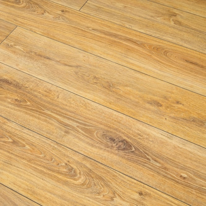High Gloss 8mm Victorian Oak V-Groove AC4 2.125m2