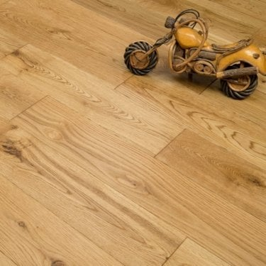 Hillwood - 18mm x 125mm Engineered Wood Flooring - Oak Brushed and Lacquered - Limited Stock