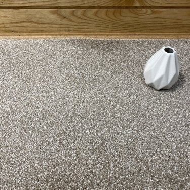 Home Style 71 - Beige Carpet - Short Pile Height / Light Density