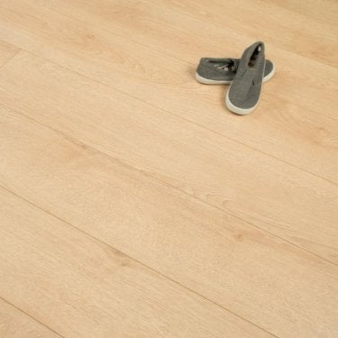 Hydro Guard - 8mm Waterproof Laminate Flooring - Light Honey Oak