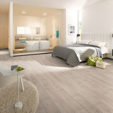 Hydro Guard - 8mm Waterproof Laminate Flooring - White Smoked Oak