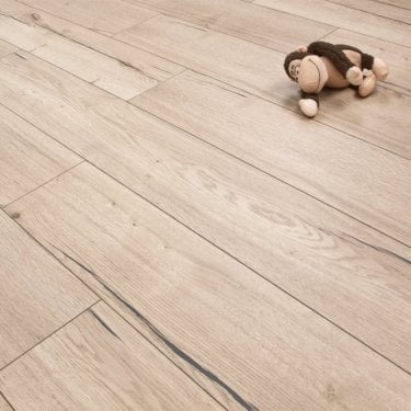 Hydro Guard White Smoked Oak 8mm Laminate V-Groove AC4 1.99m2