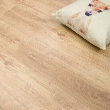 Living - 6mm Laminate Flooring - Natural Oak