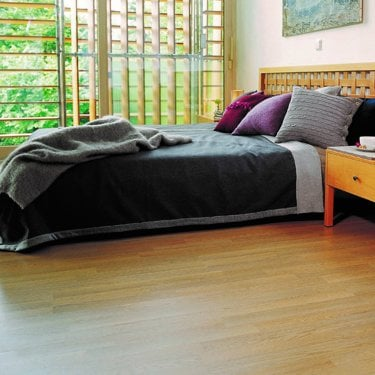 Living - 6mm Laminate Flooring - Oak 3-Strip