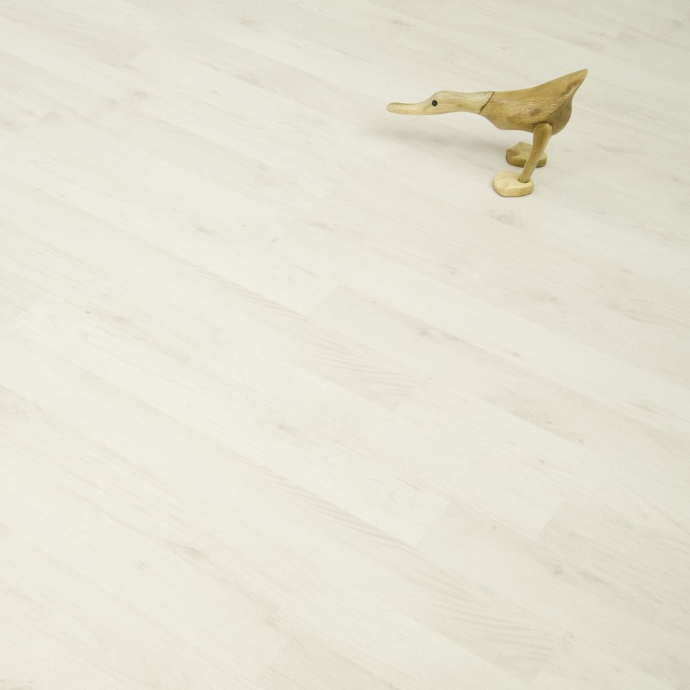 Living - 6mm Laminate Flooring - Polar Oak - 2.73m2 - Laminate from ...