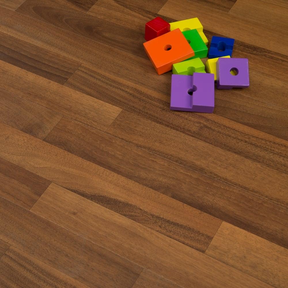 Inexpensive Flooring Solutions: Living Walnut Como 6mm Flat AC3 2.73m2