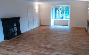 Gold Series Solid Oak 18mm x 120mm Brushed and Oiled