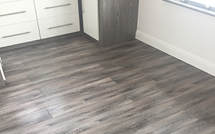 Reinier Pewter Oak