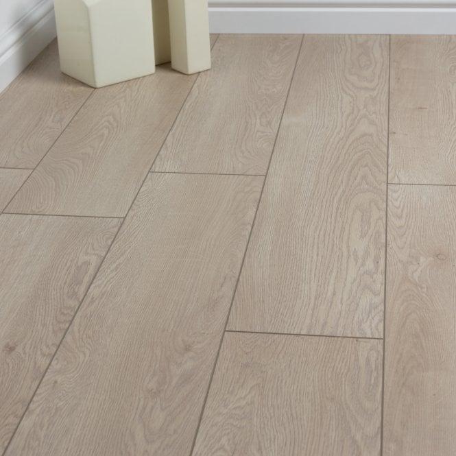 Luxury - 12mm Laminate Flooring - Morning Oak