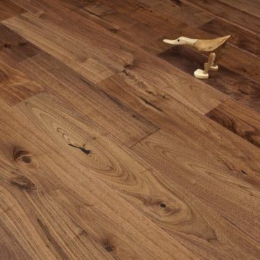 Majestic Engineered Walnut Flooring 18/4.5mm x 125mm Lacquered 1.575m2